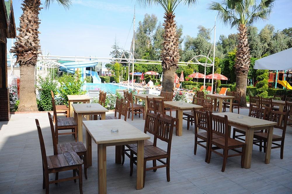 Lims Bona Dea Beach Hotel