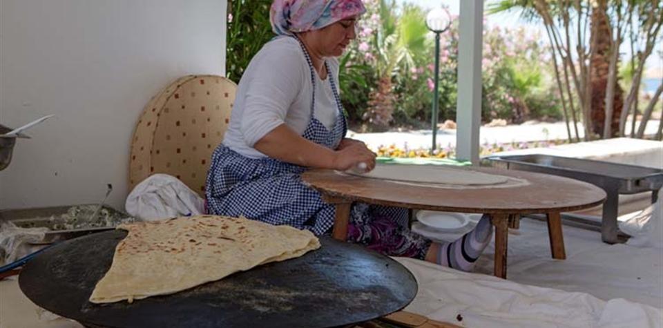 Larissa Akman Çamyuva